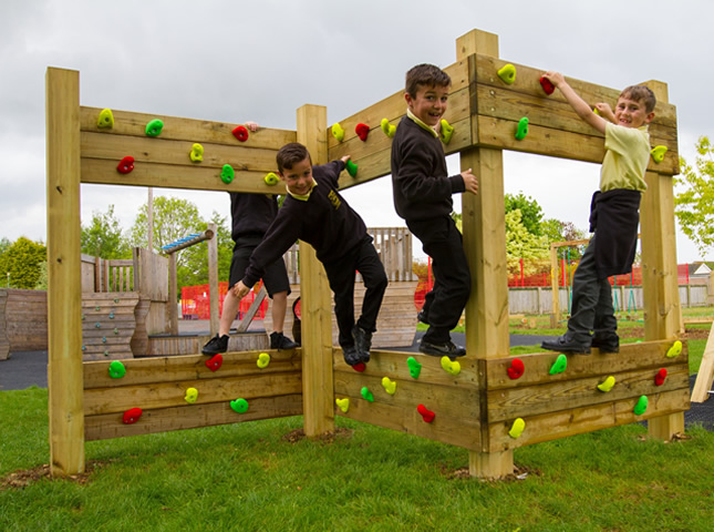 A wood traverse wall in school playground
