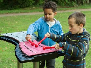 Musical play on a xylophone