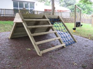 Up & over outdoor play equipment